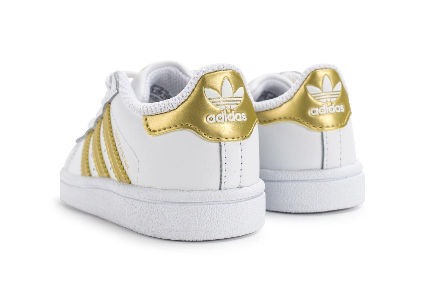 le dernier f1b4e 1a7d2 adidas dore superstar