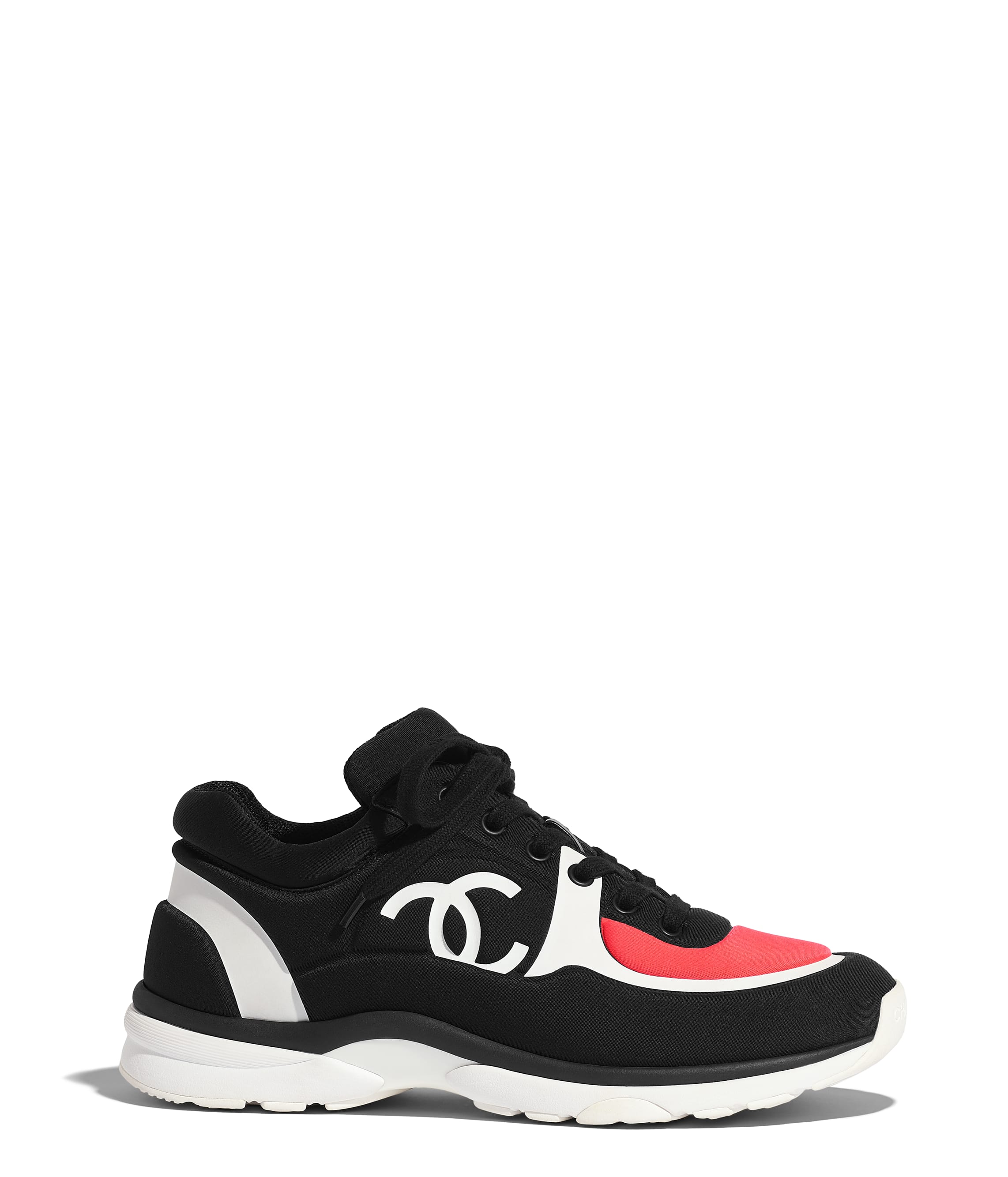Sneakers Chanel | shoes en 2019 | Chaussure chanel